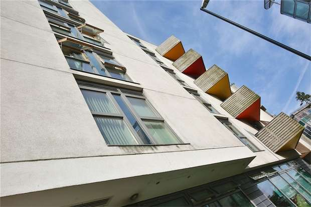 1 Bedroom Flat for sale in 2 Stroudley Road, Brighton, East Sussex