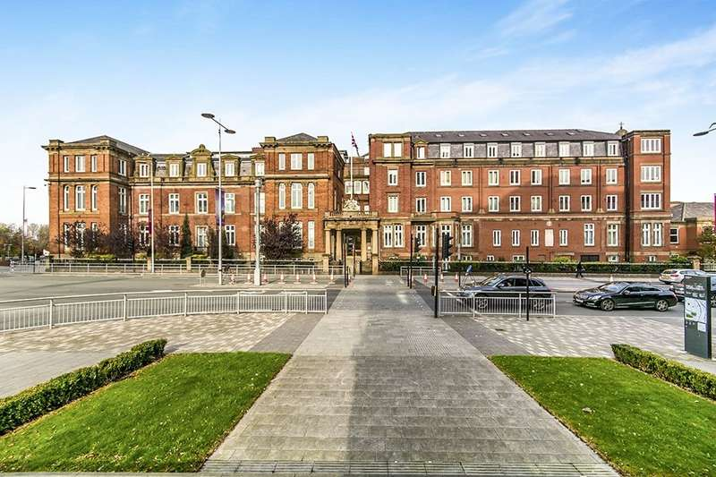 3 Bedrooms Flat for sale in Wilton Place, Salford, M3