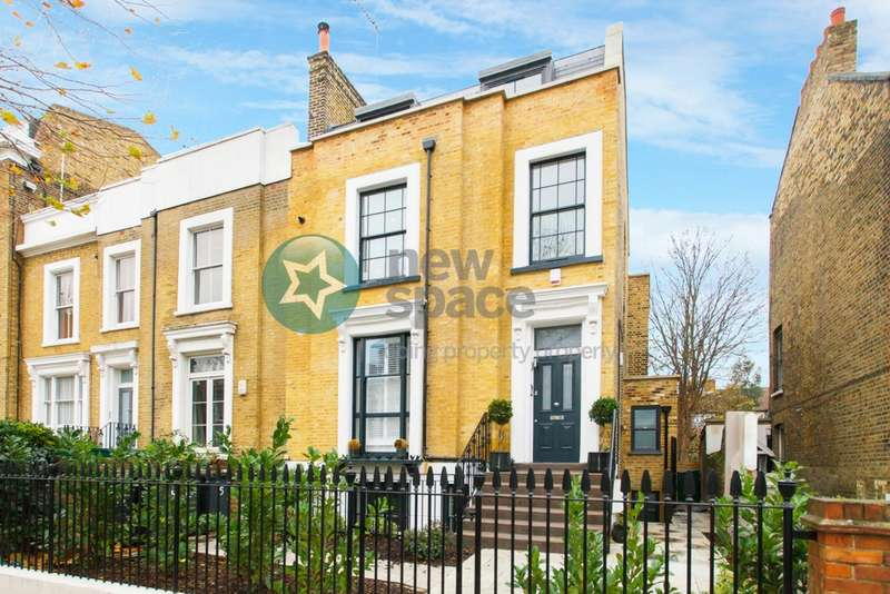 3 Bedrooms Flat for rent in King Edward's Road, London Fields, E9