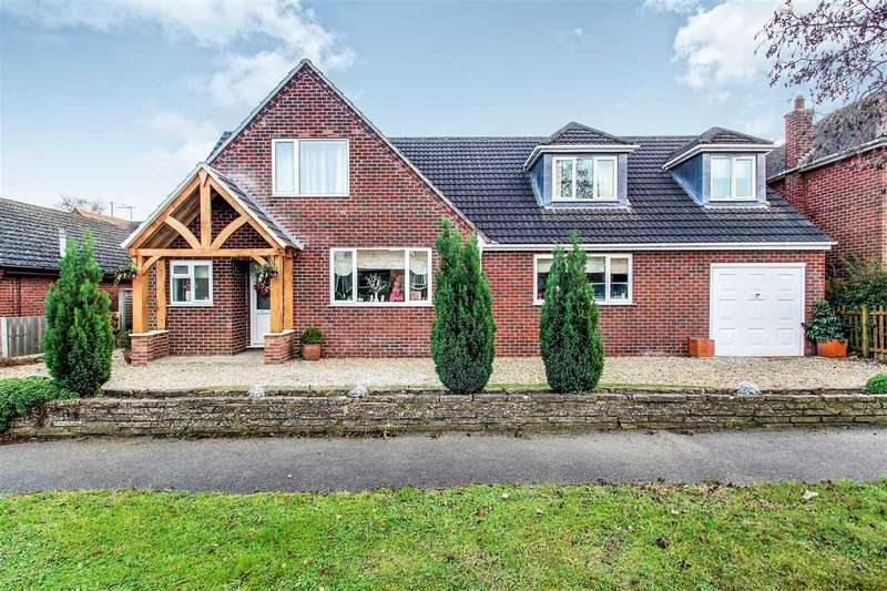 4 Bedrooms Detached House for sale in Doddington Avenue, Lincoln