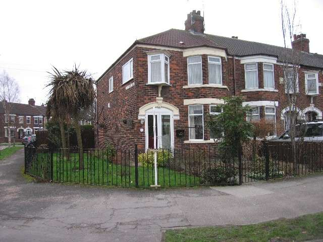 3 Bedrooms House for rent in Murrayfield Road, HULL, HU5 4DN