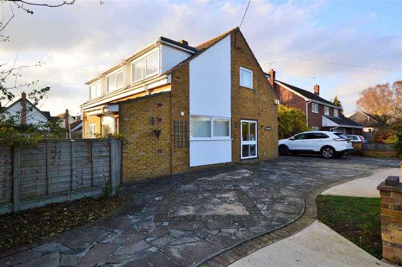 4 Bedrooms Detached House for rent in North Fambridge
