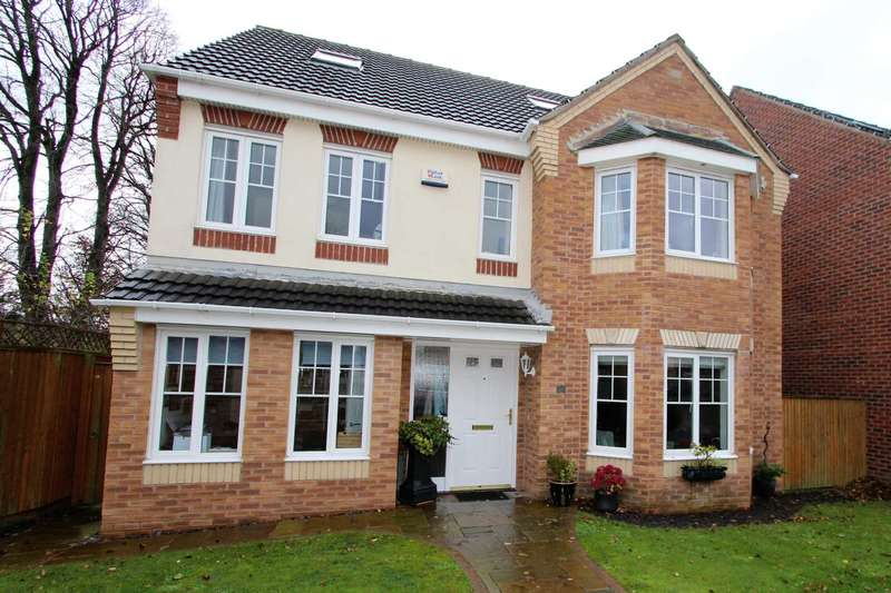 5 Bedrooms Detached House for sale in Aspen Close, Cleckheaton