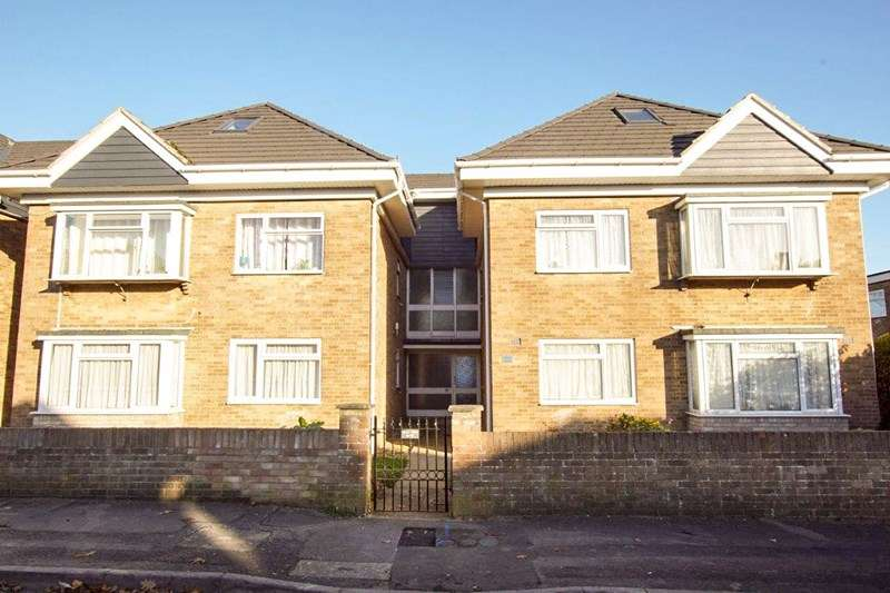 1 Bedroom Property for sale in Croft Road, Poole