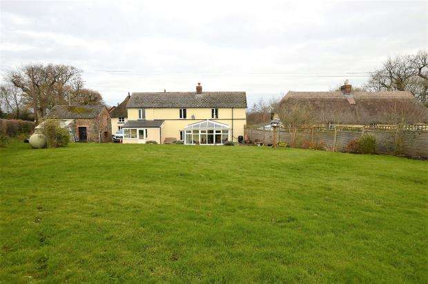 2 Bedrooms Detached House for sale in Woodland Head, Yeoford, Crediton, Devon