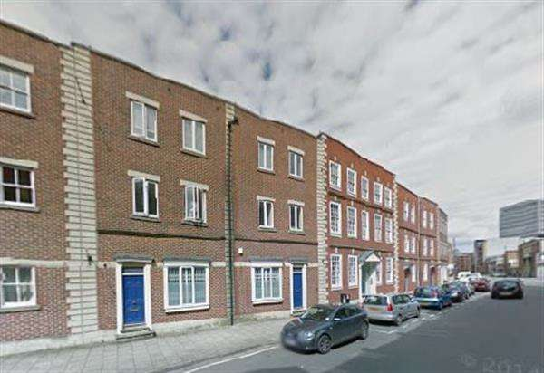 4 Bedrooms Apartment Flat for rent in Flat 13 Redcliffe Street