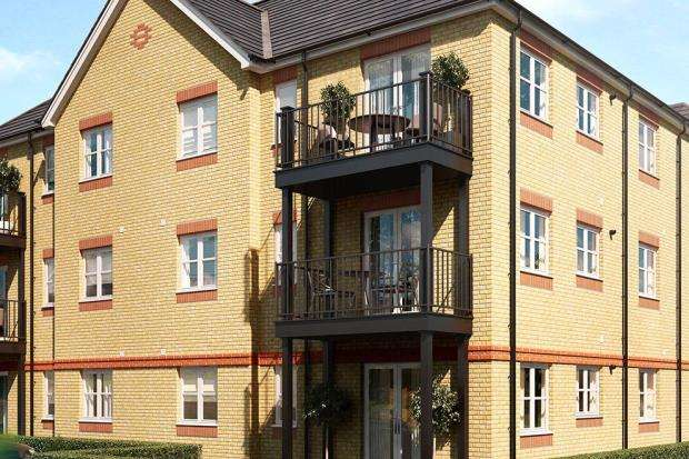 1 Bedroom Apartment Flat for sale in Laburnum Way, Staines-upon-Thames, Surrey