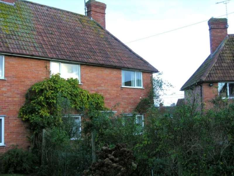3 Bedrooms House for rent in Westfield Crescent, Yeovil