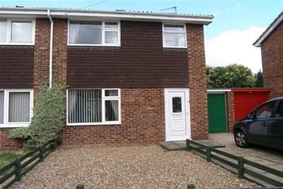 3 Bedrooms House for rent in Broadmeadow, Sawston
