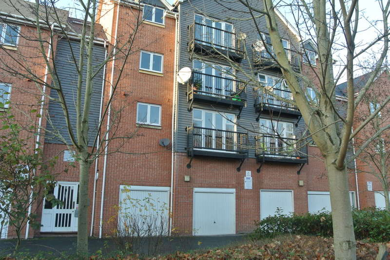 2 Bedrooms Flat for sale in Mill Street, Evesham