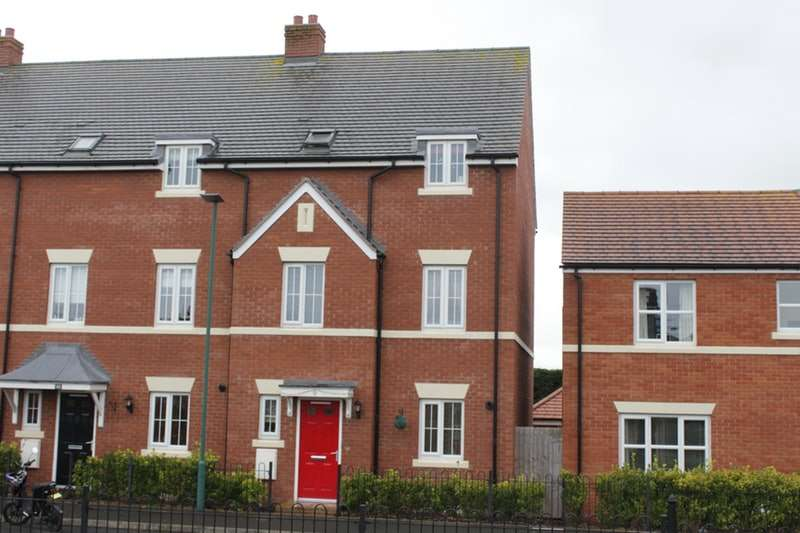 4 Bedrooms Town House for sale in Cavell Drive, Shrewsbury, Shropshire, SY3