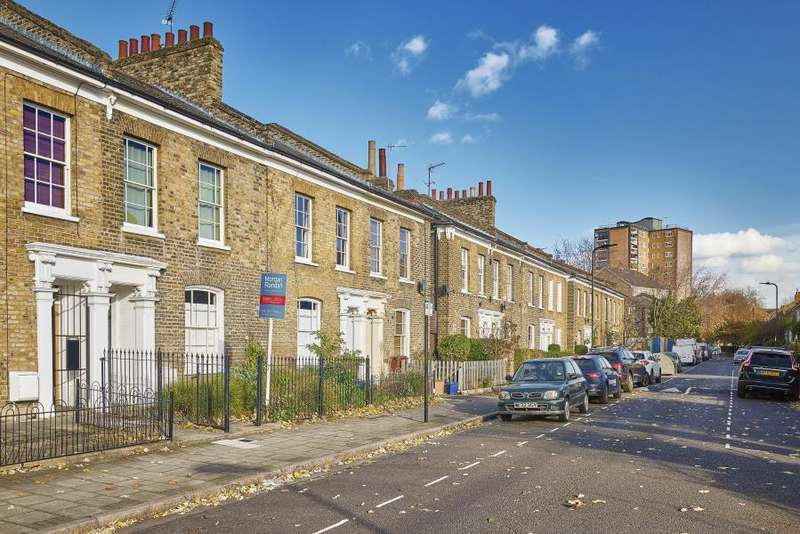 3 Bedrooms Terraced House for sale in Shrubland Road, London E8