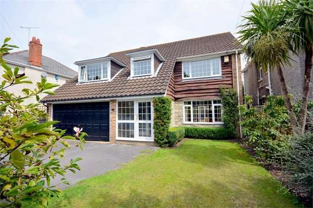 4 Bedrooms Detached House for sale in Stirling Road, Talbot Woods, Bournemouth
