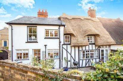 3 Bedrooms Semi Detached House for sale in Caxton, Cambridge, Cambridgeshire