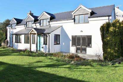 4 Bedrooms Detached House for sale in Southgate Road, Southgate, Swansea, Abertawe