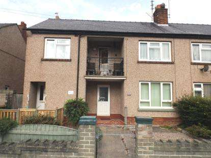 1 Bedroom Flat for sale in Meredith Crescent, Rhyl, Denbighshire, LL18