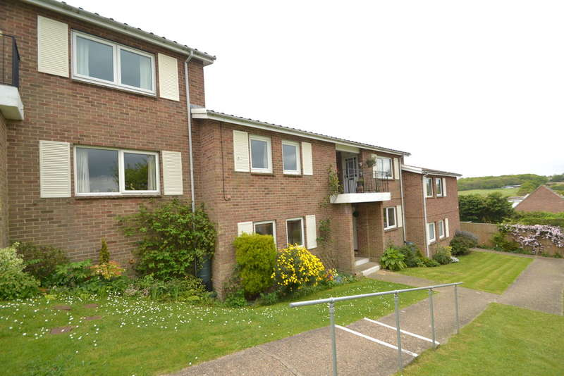 2 Bedrooms Flat for rent in Seaview, Isle of Wight