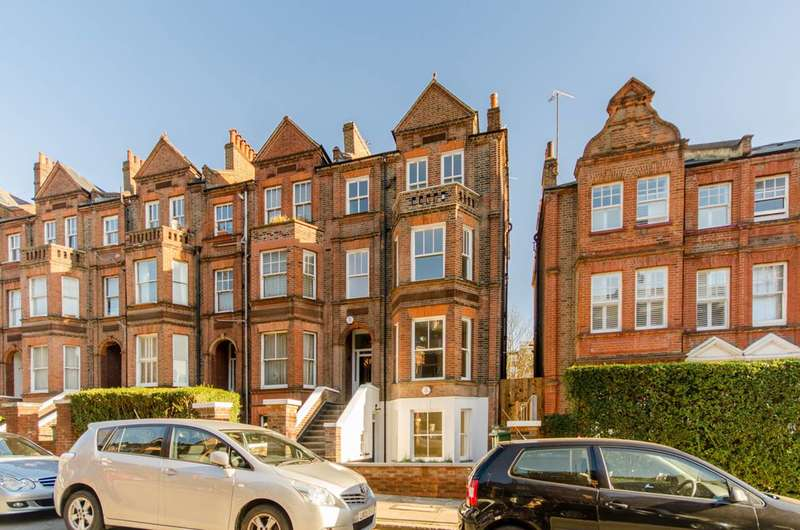 2 Bedrooms Flat for sale in Goldhurst Terrace, South Hampstead, NW6