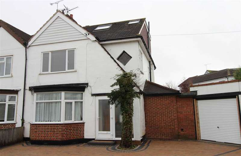 5 Bedrooms Semi Detached House for rent in Leigh on Sea