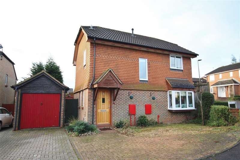 3 Bedrooms Detached House for sale in Cotterell Gardens, Twyford, RG10