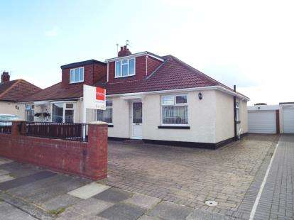 4 Bedrooms Bungalow for sale in Lisle Road, South Shields, Tyne and Wear, NE34