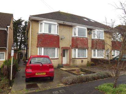 2 Bedrooms Maisonette Flat for sale in Christchurch, Dorset