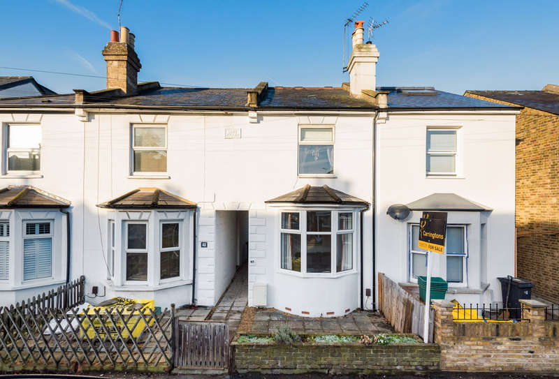 3 Bedrooms Semi Detached House for sale in Shortlands Road, Kingston Upon Thames, KT2