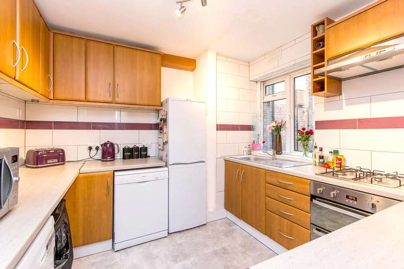 3 Bedrooms Flat for sale in Brondesbury Park, Brondesbury Park, NW6