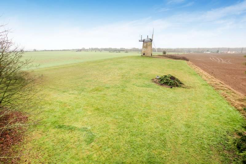 4 Bedrooms Land Commercial for sale in Great Haseley, Oxford