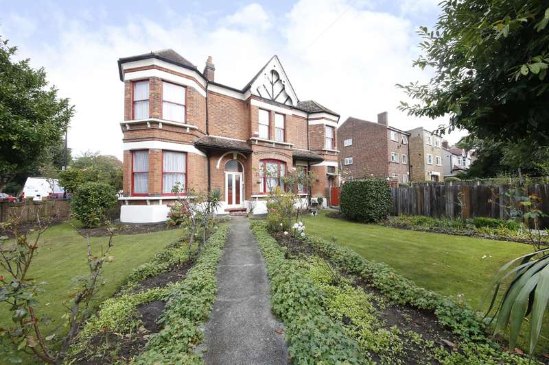 4 Bedrooms End Of Terrace House for sale in Brockley Rise, Honor Oak, SE23