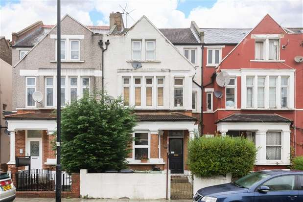2 Bedrooms Maisonette Flat for sale in Knollys Road, Streatham