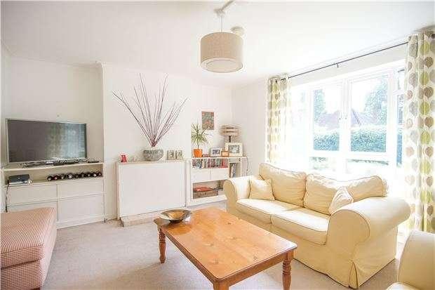 2 Bedrooms Maisonette Flat for sale in Mortimer Lodge, Albert Drive, LONDON, SW19 6JZ