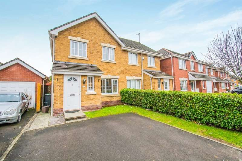 3 Bedrooms Semi Detached House for sale in Thorne Way, Cardiff