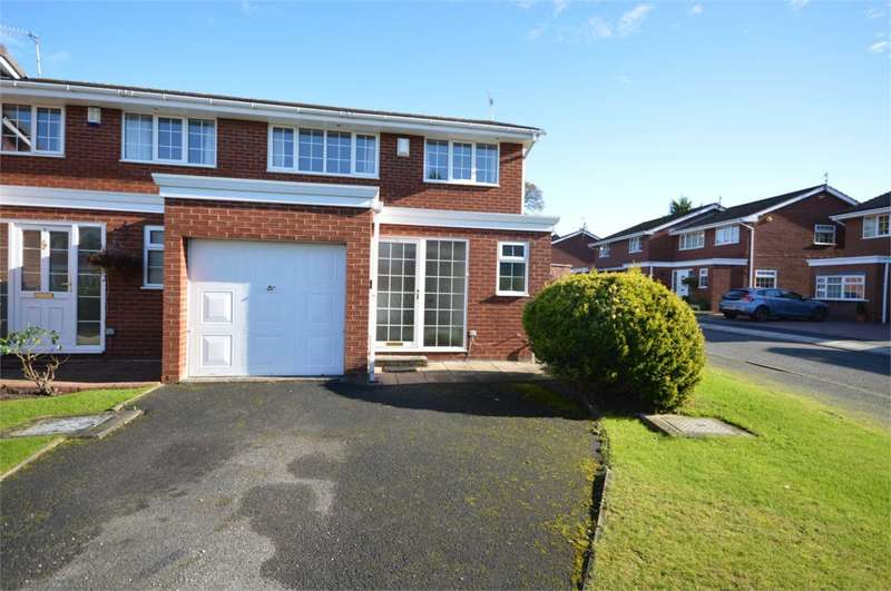 3 Bedrooms Semi Detached House for sale in Athelstan Close, Bromborough