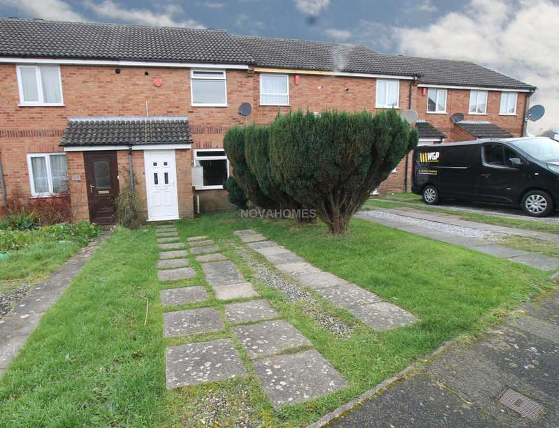 2 Bedrooms Terraced House for sale in Yeo Close, Efford, PL3 6ER