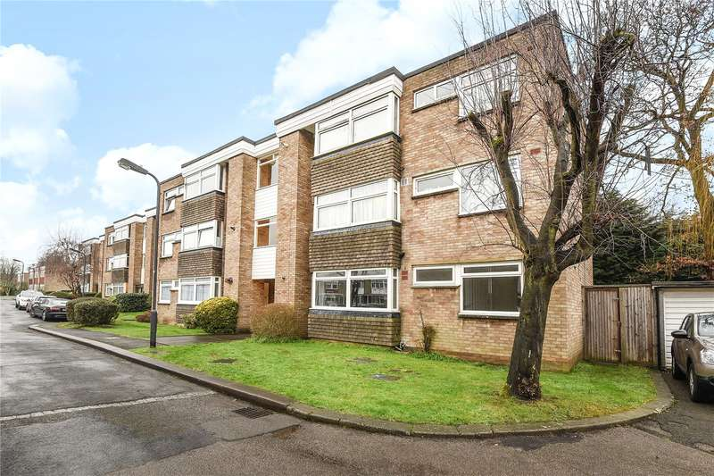 2 Bedrooms Apartment Flat for sale in Iris Court, Nursery Road, Pinner, HA5