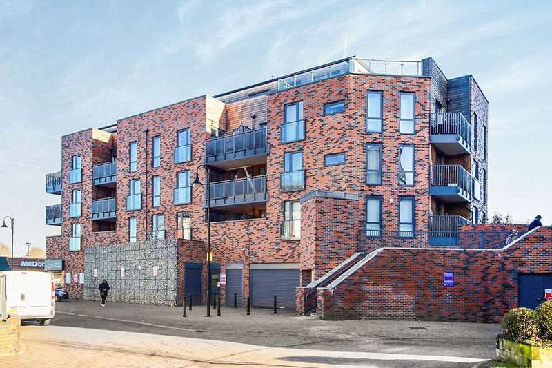 1 Bedroom Flat for sale in Townhall Square, Crayford, Dartford, DA1