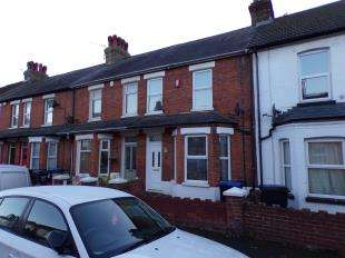 2 Bedrooms Terraced House for sale in Hastings Avenue, Margate, Kent