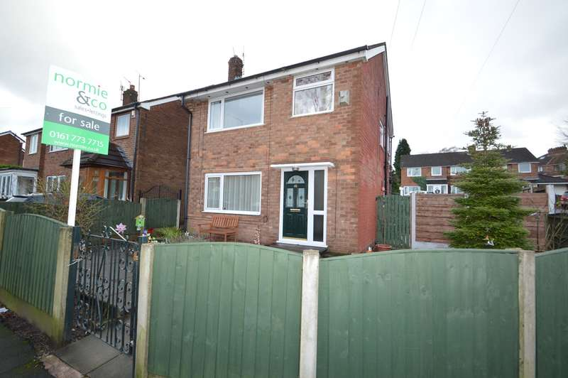 3 Bedrooms Detached House for sale in Peveril Close, Whitefield, Manchester, M45