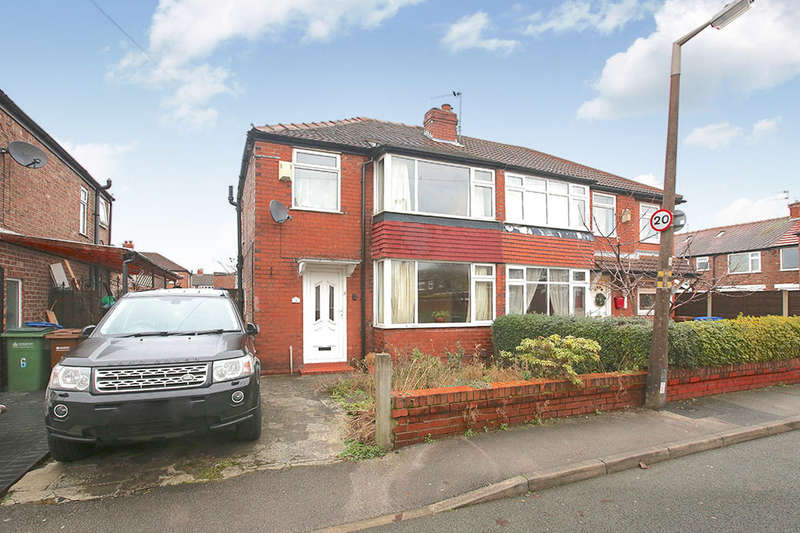 3 Bedrooms Semi Detached House for sale in Deane Avenue, Cheadle, SK8
