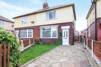 3 Bedrooms Semi Detached House for sale in Barton Road, Lytham St Annes, Lancashire, England, FY8