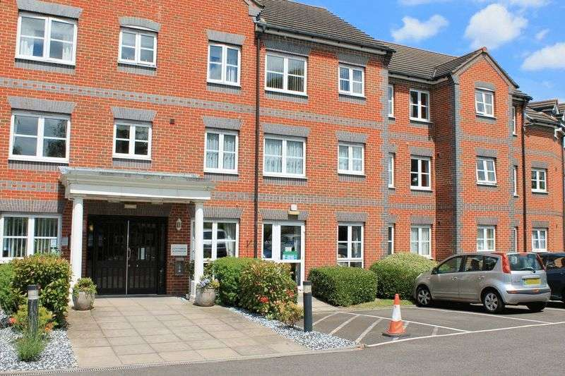 1 Bedroom Property for sale in Paxton Court, Grove Park, SE12 9QQ