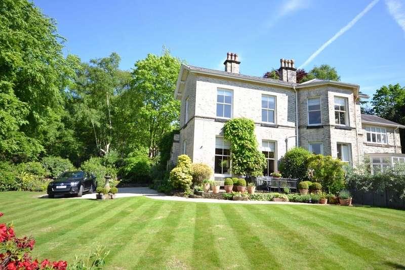 3 Bedrooms Semi Detached House for sale in Rockside, Macclesfield Road, Alderley Edge, SK9