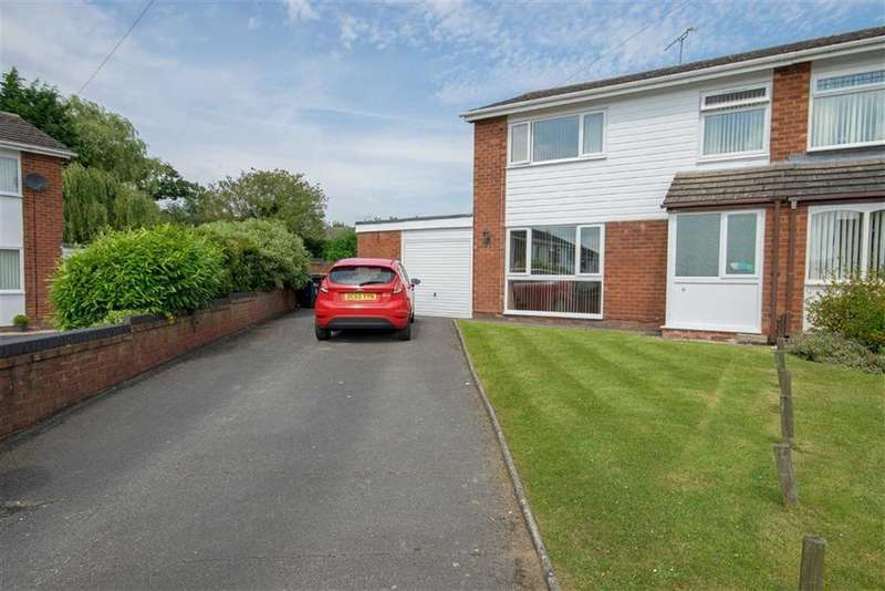 3 Bedrooms Semi Detached House for sale in Monza Close, Buckley
