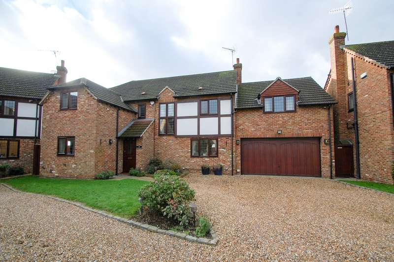 4 Bedrooms Detached House for sale in Old Mill Road, Denham Village, UB9