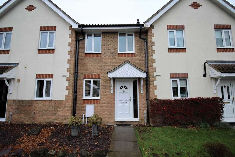 2 Bedrooms Terraced House for sale in Shrewsbury Close, Langdon Hills