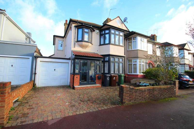 4 Bedrooms Semi Detached House for sale in Melford Avenue, Barking
