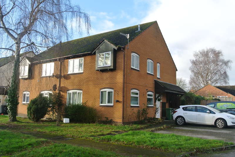 2 Bedrooms Flat for sale in Tithe Court, Middle Littleton