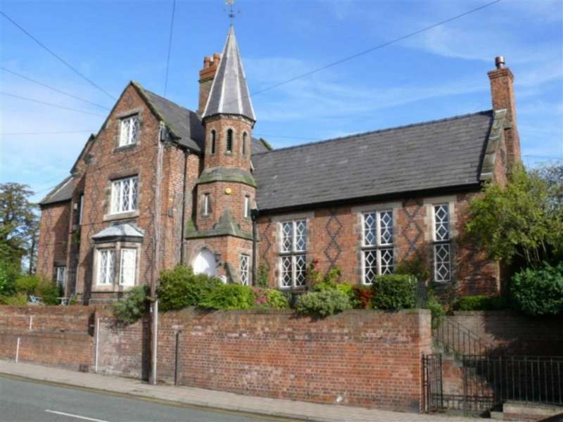 4 Bedrooms Apartment Flat for sale in Old Headmaster's House, Nantwich, Cheshire
