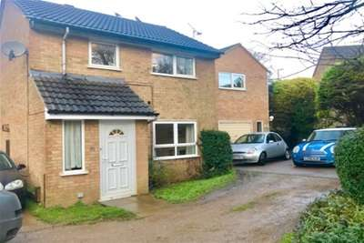 3 Bedrooms Detached House for rent in Brackley, NN13